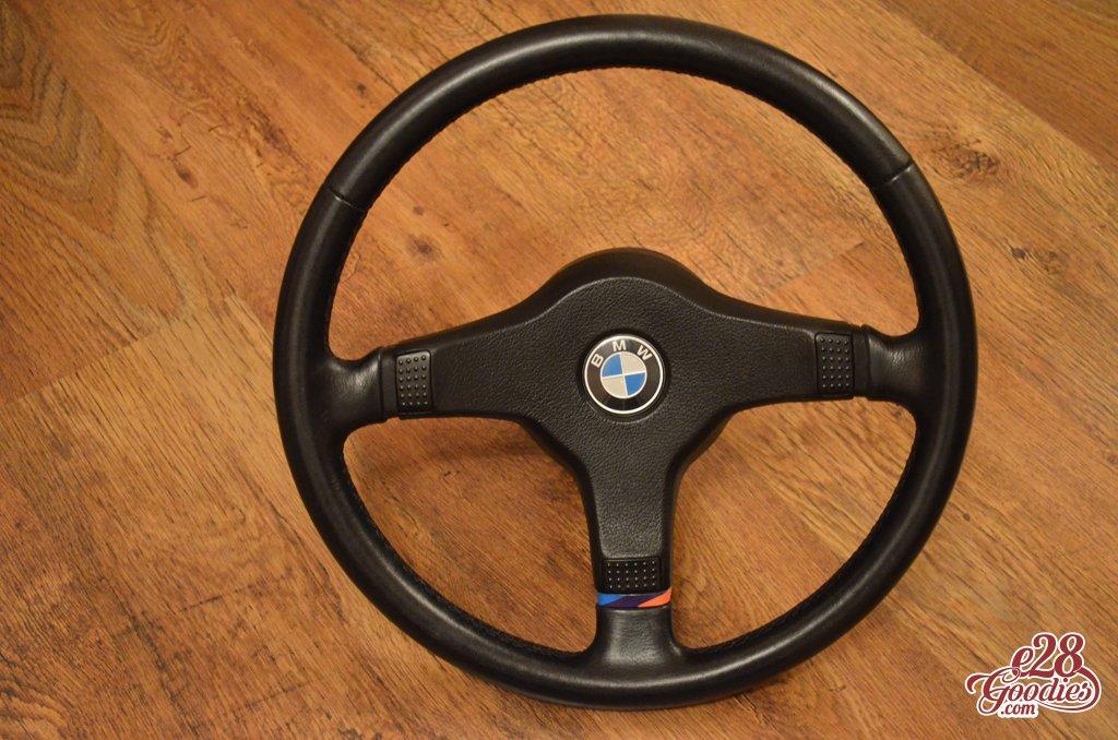 tech 1 steering wheel – fine spline   E28 Goodies