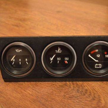 Set of vintage gauges + sensors