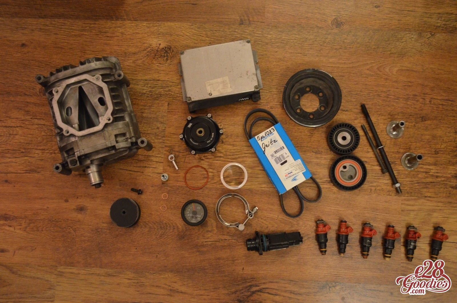 Exchanging comfort for even more power  M52 supercharging  - E28 Goodies