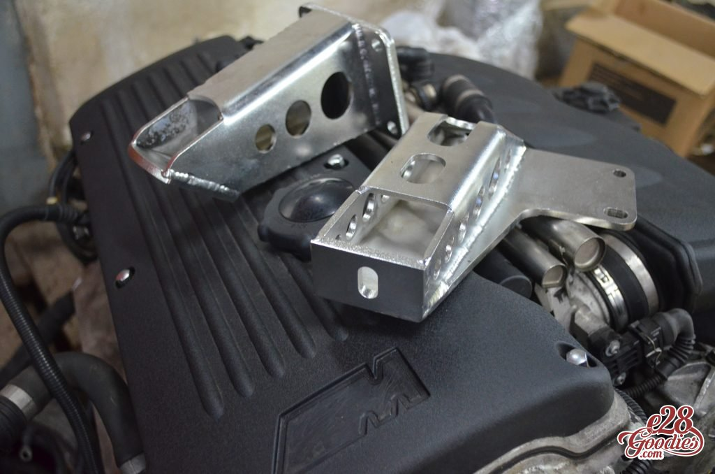 Insert some savage plastic here  The s54 swap  - E28 Goodies